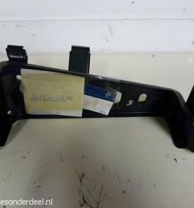 A2026205414 2026205414 ASR Pomp houder chassis