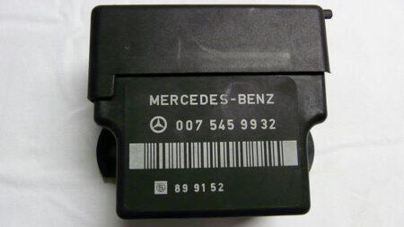 A0075459932 0075459932 Voorgloei relais 250D W461